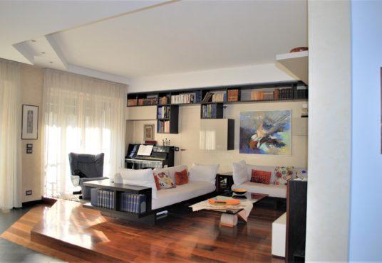 Torino – Corso Galileo Ferraris – Appartamento di Lusso