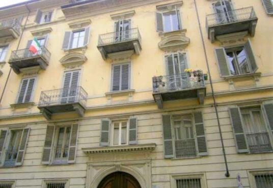 Appartamento in affitto via Beaumont 1 Torino