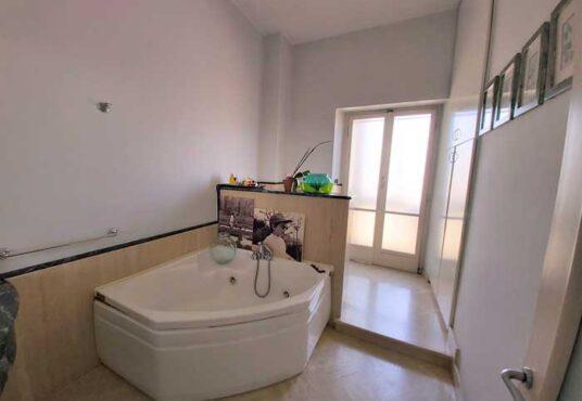 sala da bagno appartamento vendita torino corso inghilterra panoramico