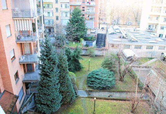 vista giardino appartamento via serrano torino