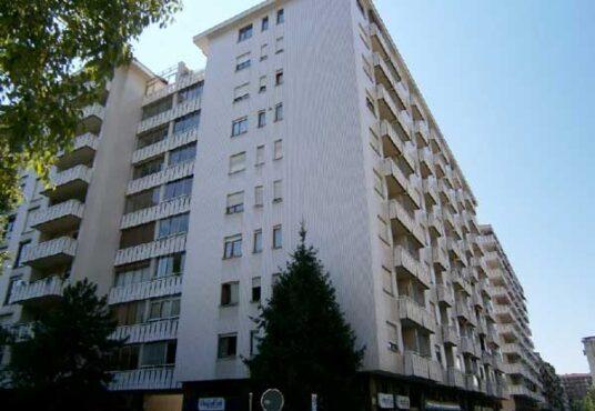 Appartamento in vendita Torino Via Viberti