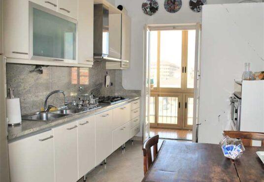 cucina appartamento vendita torino corso inghilterra