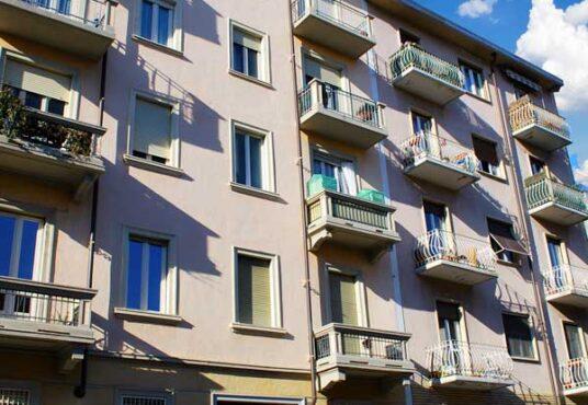 Via Brione Torino Ampio Bilocale